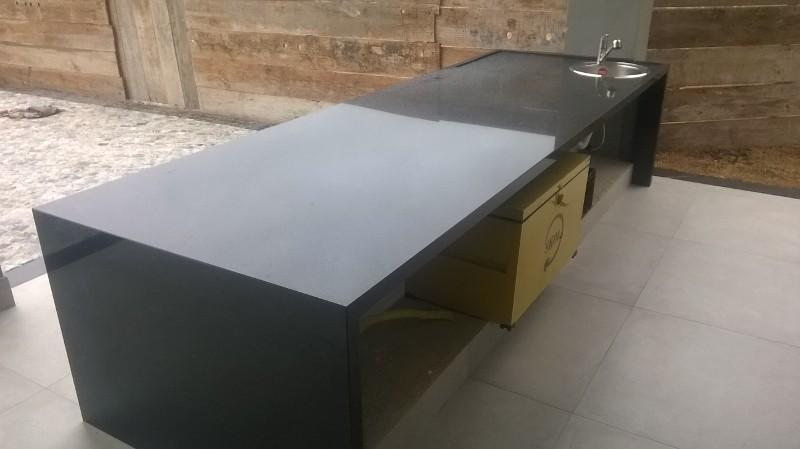 Serviços em materiais de granito